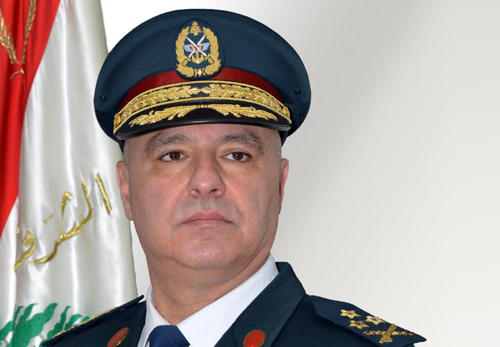 قائد الجيش: احترام الجيش لشرعة حقوق الإنسان مقدس