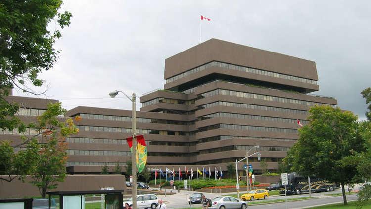 كندا تطلب إيضاحات حول تجميد السعودية للعلاقات التجارية معها