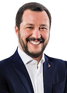 سالفيني يُكرّر أن لا أحد من المهاجرين سينزل إلى ايطاليا