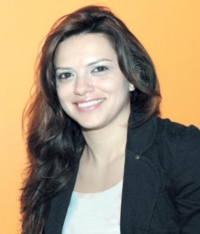 فيوليت الصفدي:  أتعهدّ بأن أبذل كلّ الجهود من أجل تثبيت الشباب في أرضهم