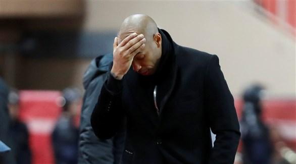 موناكو يستعد لإقالة هنري