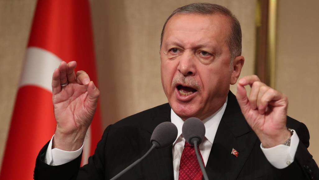 """أردوغان يرد """"المعروف"""" لنظيره الفنزويلي!"""
