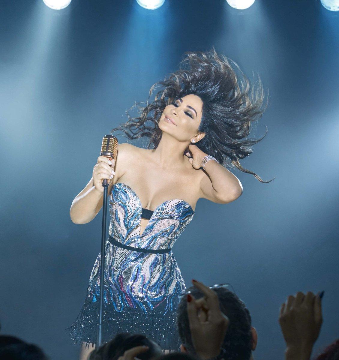 إليسا سعيدة بردود أفعال الجمهور حول ألبومها