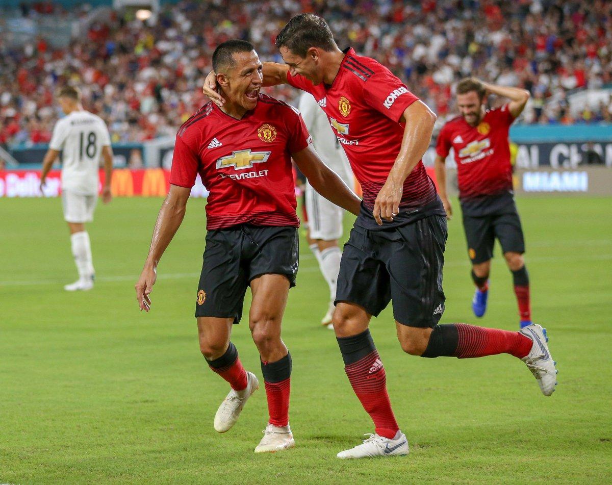 فوز الشياطين الحمر بثنائية على ريال مدريد
