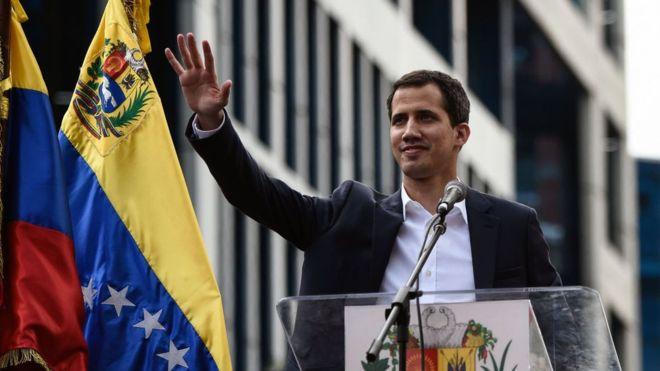 غوايدو أعلن سيطرته على أصول فنزويلا في الخارج