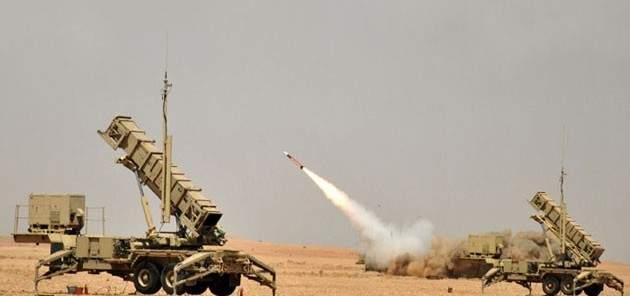 اعتراض صاروخ باليستي في أجواء خميس مشيط جنوب السعودية