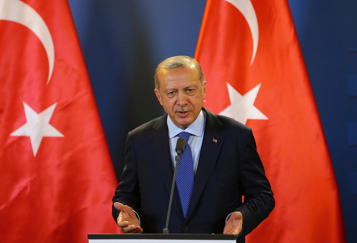 أردوغان: الوحدات الكردية سمحت لداعش بالإنسحاب الآمن من الرقة