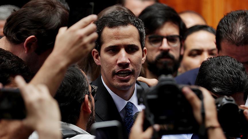 """البرلمان الأوروبي يعترف بـ""""غوايدو"""" رئيساً شرعياً انتقالياً لفنزويلا"""
